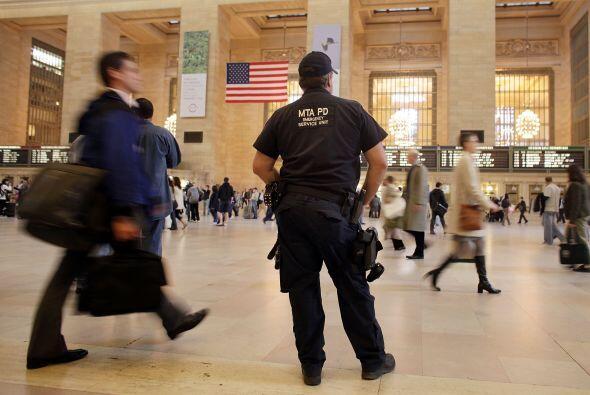La seguridad se vio reforzada en las grandes ciudades del mundo ante otr...