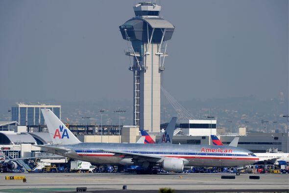 AMERICAN AIRLINES- AMR, casa matriz de la aerolínea American Airlines, d...