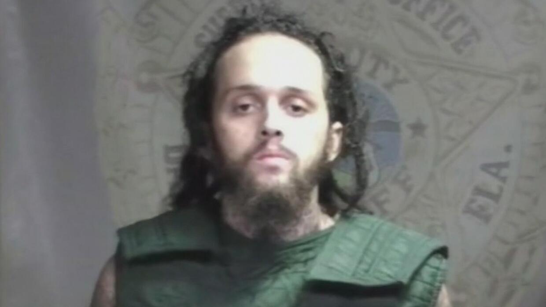 Condenan a 10 años de prisión a un hombre que le disparó a una policía d...