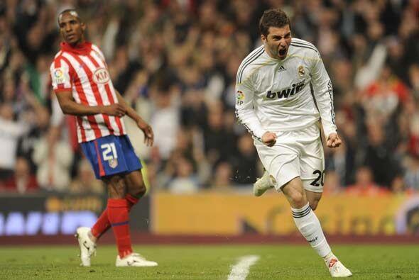 Gonzalo Higuaín marcó el 3-1 e hizo olvidar algunas fallas que tuvo prev...