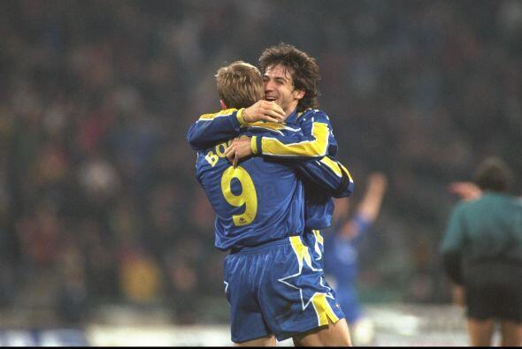 Marcelo Lippi era el técnico del club para la segunda campaña de Alessan...