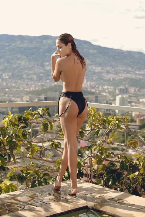 """Cristina Camargo (@cristinacamargo04) es """"una mujer carismática e i..."""