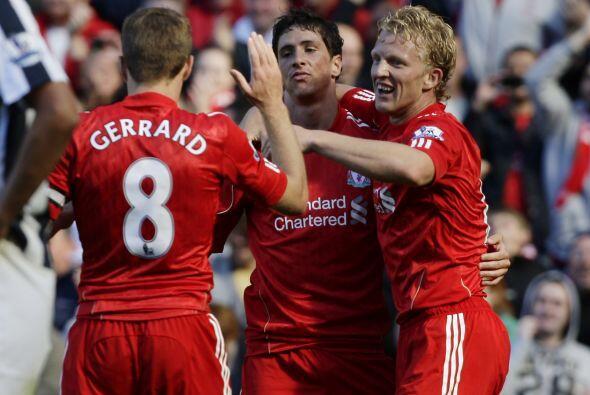 El español Fernando Torres se reencontró con la portería rival y puso el...