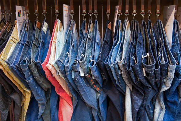 Beca Regala Jeans a los Indigentes en tu Comunidad    $4.000, un ganador...