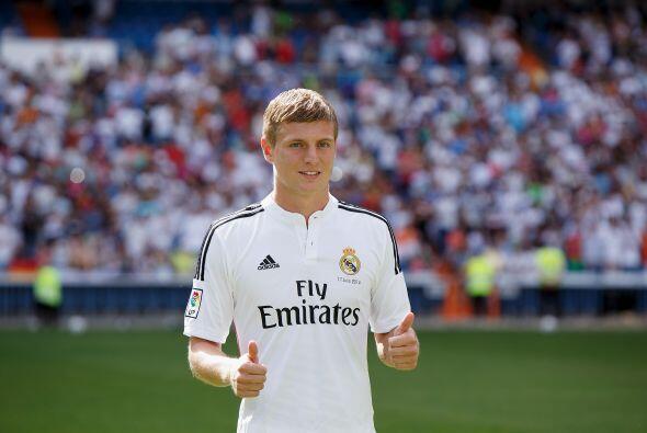 Toni Kroos llegó a la media cancha del Real Madrid para ser la unión de...