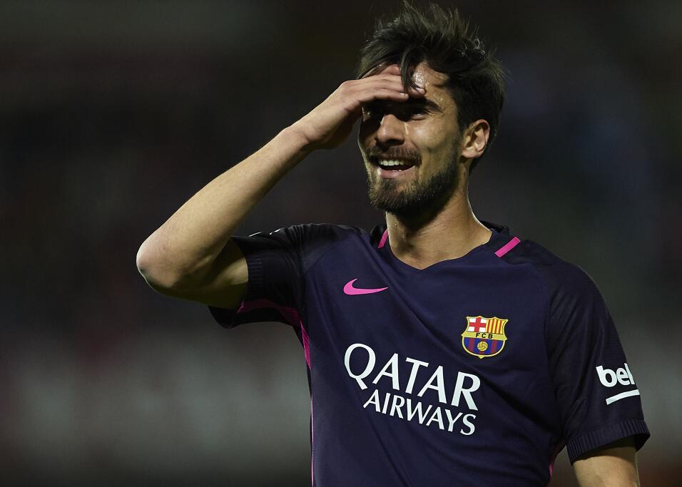 Neymar alcanzó los 100 goles con Barcelona GettyImages-663822140.jpg