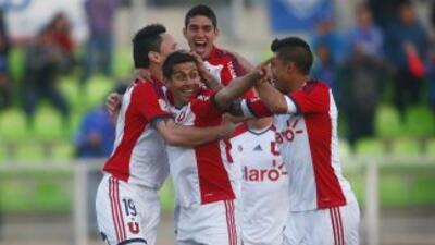 Pese al empate con Iquique, la U. de Chile mantiene el liderato.