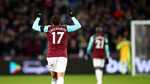 Chicharito llegó a cinco goles en la presente campaña de la Premier League.