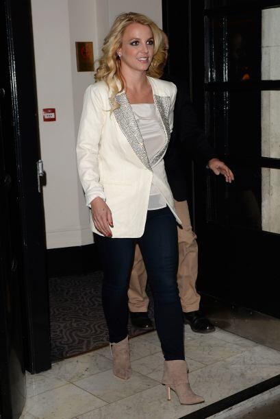 Sabemos que aún queda algo del inmenso potencial que Britney tenía. ¡Est...