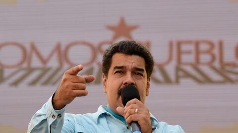 El presidente de Venezuela, Nicolás Maduro, en el palacio preside...
