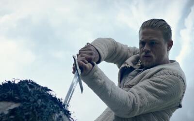 'King Arthur: Legend of the Sword' - avance subtitulado