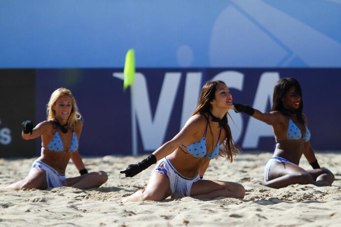 En Portugal se está disputando el Mundial del fútbol de playa donde las...