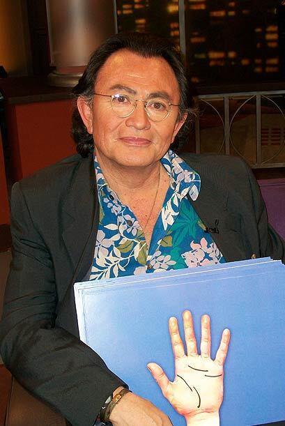 Un especialista en la lectura de la mano también acude a Don Francisco P...