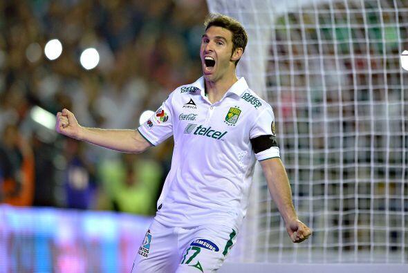 10.- Mauro Boselli: El potente delantero argentino es el estandarte del...