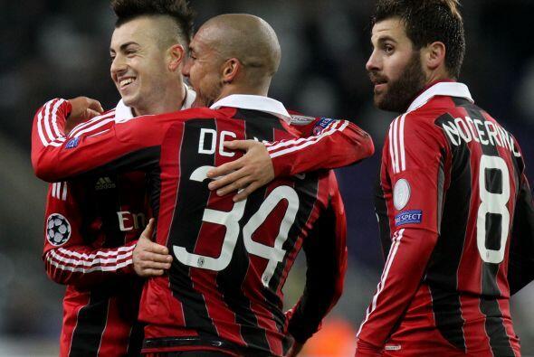 Milan parece levaqntar cabeza, al menos en este torneo continental, y ve...