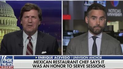 Este presentador de Fox News le dice a Enrique Acevedo que los tacos son estadounidenses