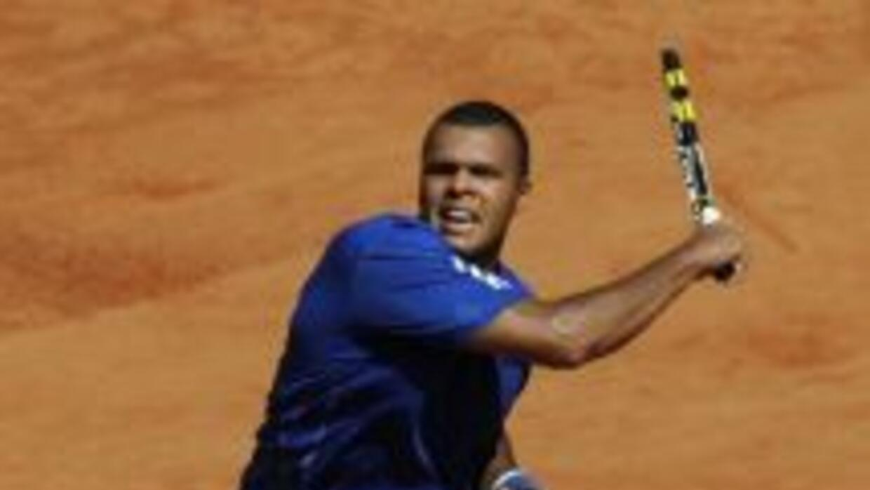 Tsonga, número diez de la clasificación ATP, se impuso al tercer preclas...