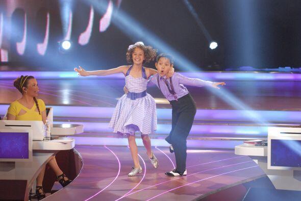 Nicole y Erick han demostrado tener muchísimo talento y esta vez bailaro...