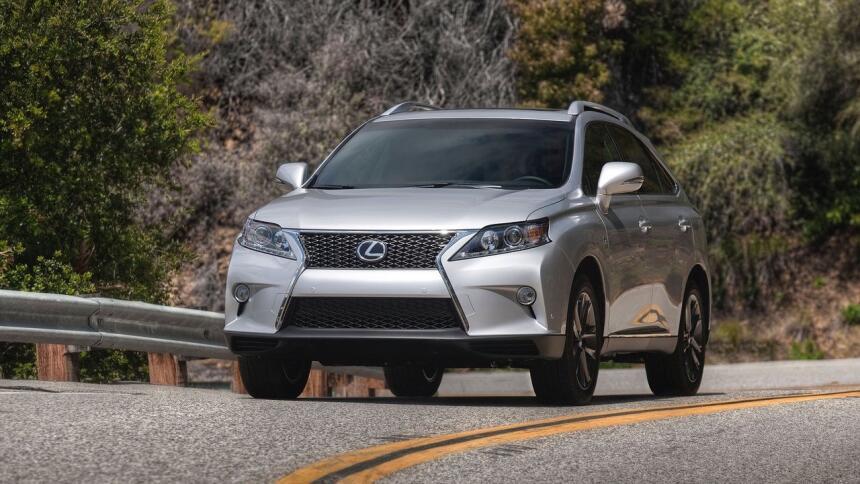 Estos son los autos con el índice de mortalidad más bajo en EEUU Lexus-R...