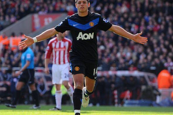 Nuevamente convirtió frente al Sunderland y el puesto de centro delanter...