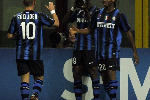 El holandés Wesley Sneijder completó el marcador con triunfo interista p...
