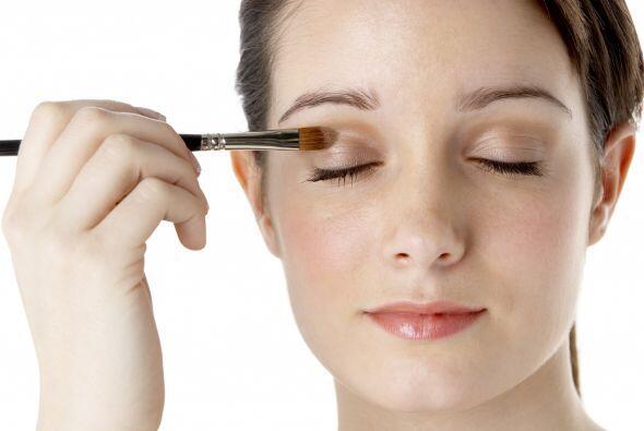 El 'makeup' playero tiene reglas similares, para lograr un 'look' natura...