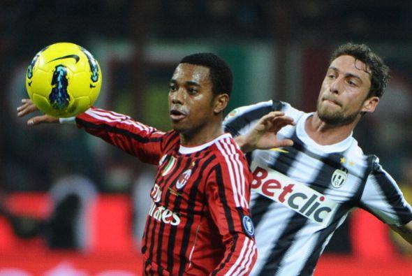 Robinho estuvo inquitando a los de la 'Juve' pero se quedó con las ganas...