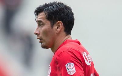 Rubens Sambueza colaboró en el tercer gol.