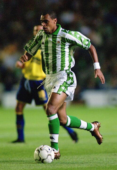Denílson, que brilló en el Sao Paulo, fue vendido al Real...
