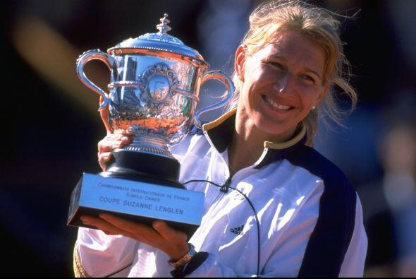 Steffi Graf, la única tenista en lograr el Golden Slam, se proclamó rein...
