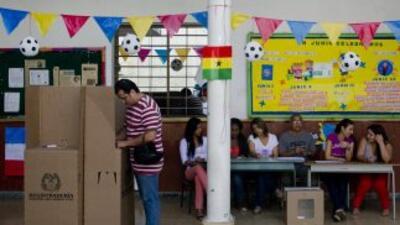 Arrancaron las elecciones en Colombia.