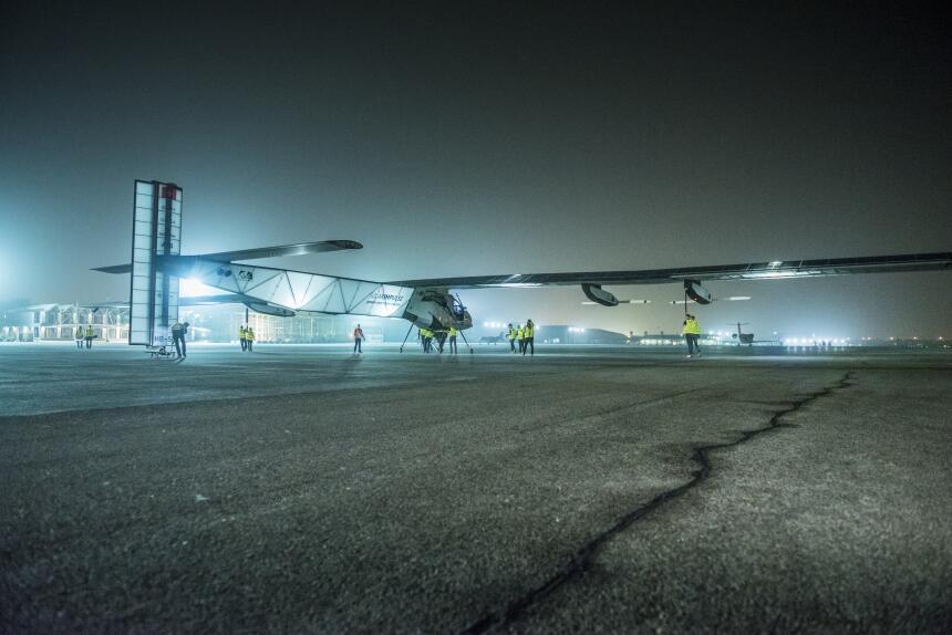 Etapa 1: Abu Dhabi-Mascate. El viaje alrededor del mundo del avión Solar...