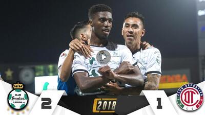 Santos acerca al infierno al Toluca y se lleva la gloria tras ganar 2-1 en la ida