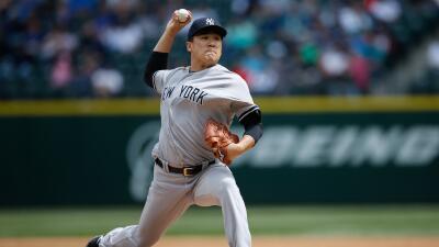 Tanaka (3-1) cumplió su primera apertura en más de un mes y lució firme.