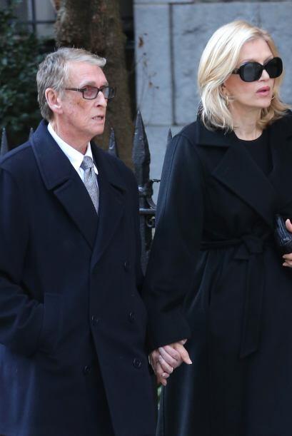 Su última aparición pública fue en el funeral del diseñador Oscar de la...