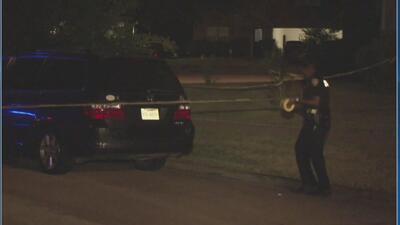 Buscan a sospechoso de asesinar a tiros a un joven en el oeste del condado Harris