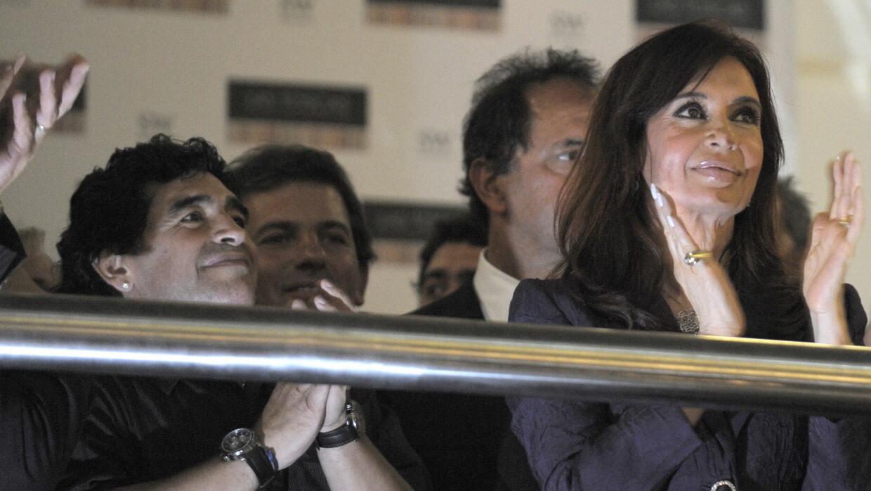 Maradona junto con Cristina Kirchner