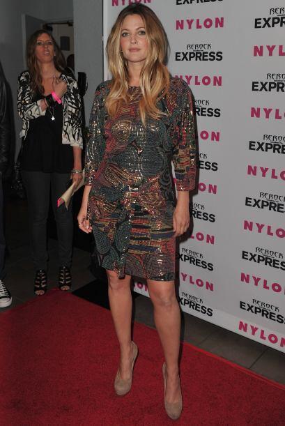 Barrymore ama llevar atuendos muy coloridos para las ocasiones casuales,...