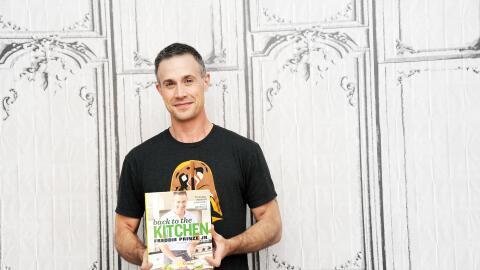 Freddie Prinze Jr en la presentación de su libro en Nueva York