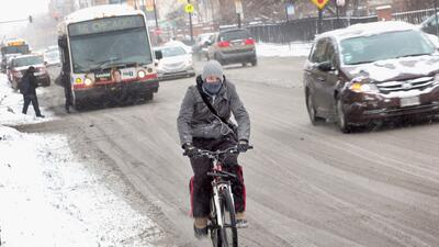 Última tormenta en Chicago deja casi media pulgada de nieve acumulada