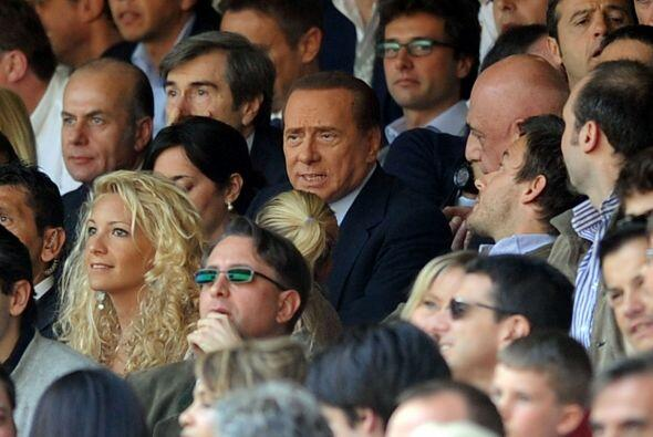 Como siempre llama la atención el Primer Misnistro italiano Silvio Berlu...