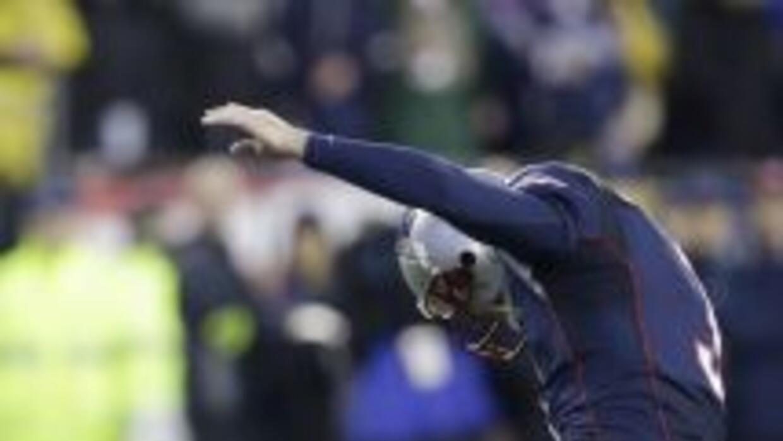 Tom Brady redescubrió habilidades que tenía empolvadas ante Colts (AP-NFL).