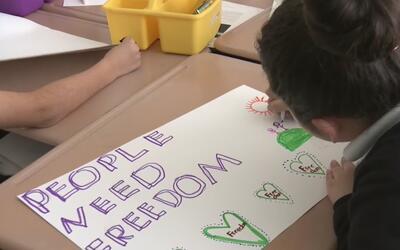 Escuelas de Oakland realizaron marchas por los derechos de los inmigrantes