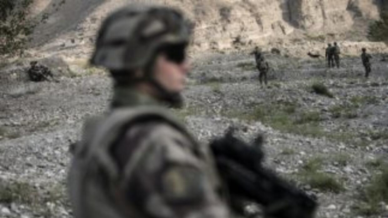 El incidente ocurrió la noche del domingo cuando un grupo de tres soldad...