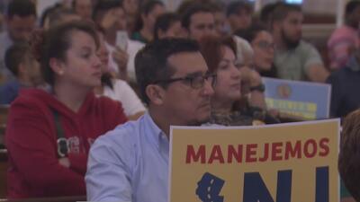 """""""Muchos indocumentados están siendo deportados por manejar sin licencia"""": activista de Nueva Jersey"""