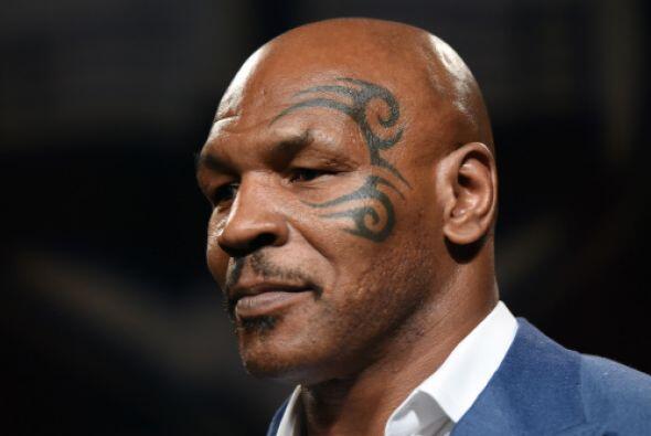 Otro de los grandes escándalos fue el del boxeador, Mike Tyson, quien en...