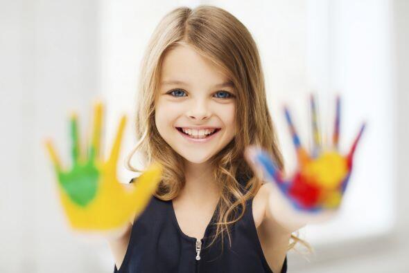 Conviértelos en artistas. Proponles a los niños dibujar, pintar o escrib...