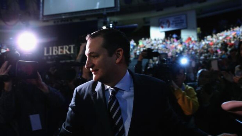 A pesar de sus críticas contra el programa, Ted Cruz anunció que se insc...