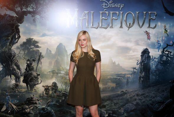 """Ellen Fanning es """"Aurora"""" en la historia.Mira aquí los videos más chismo..."""