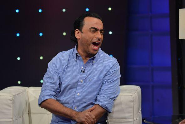 Pero no pasaron de la primer pregunta, para que el comediante rompiera l...